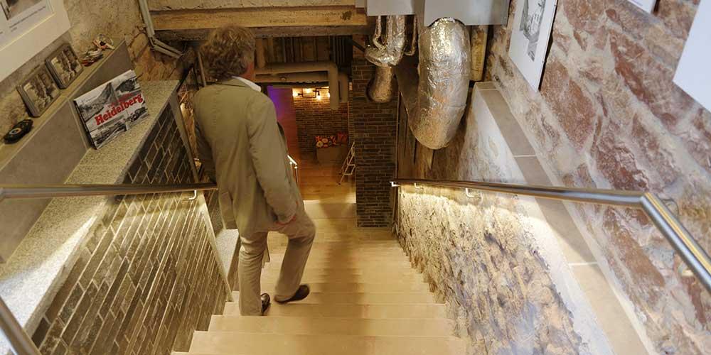 Hendsemer Eiskeller Treppe