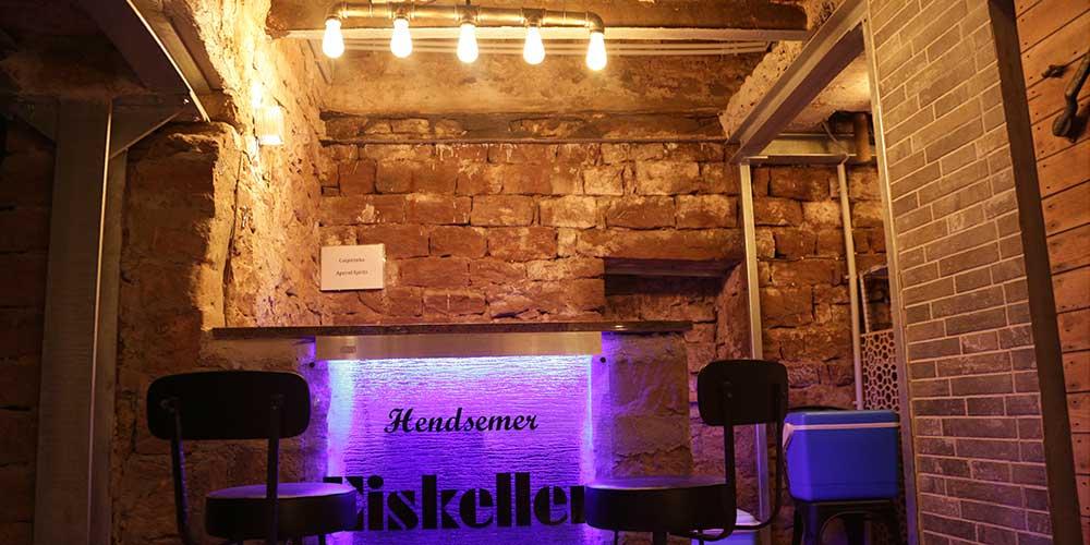 Hendsemer Eiskeller Bar